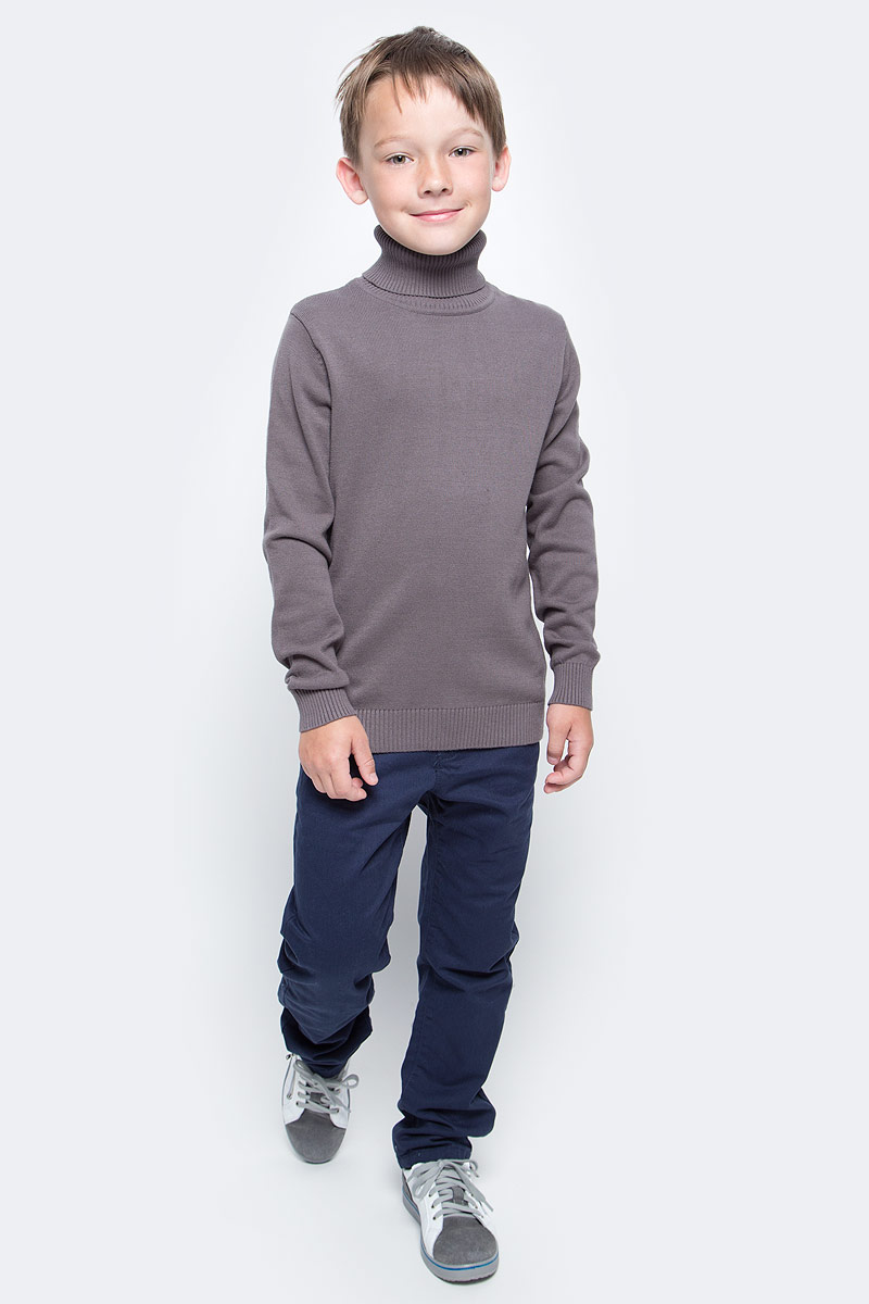 Свитер для мальчика Sela, цвет: серо-коричневый. JR-814/255-6332. Размер 152, 12 летJR-814/255-6332Свитер для мальчика Sela дополнит образ юного модника в прохладную погоду. Изготовленный из натуральной хлопковой пряжи, он мягкий и приятный на ощупь, не сковывает движения и позволяет коже дышать, обеспечивая комфорт при носке. Свитер с длинными рукавами имеет высокий воротник-гольф. Воротник, манжеты и низ изделия связаны резинкой, что предотвращает деформацию при носке.Дизайн и высокое качество исполнения принесут удовольствие от покупки и подарят отличное настроение!