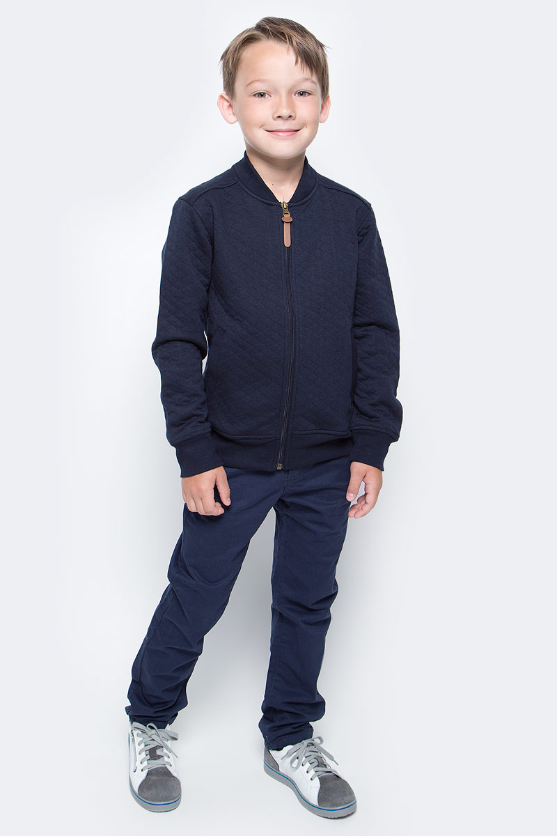 Куртка для мальчика Sela, цвет: темно-синий. Stc-813/177-7310. Размер 146, 11 летStc-813/177-7310Кардиган для мальчика Sela выполнен из высококачественного материала. Модель с длинными рукавами застегивается на застежку-молнию. Кардиган спереди дополнен двумя втачными карманами.