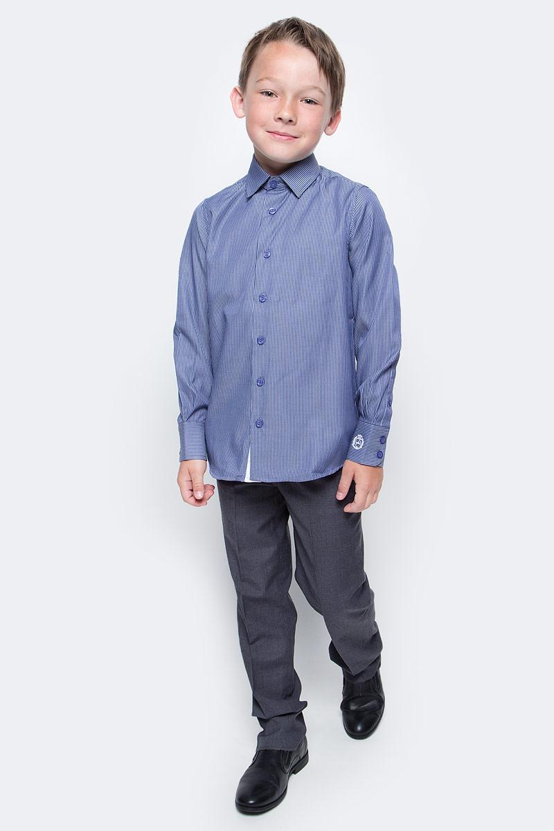Рубашка для мальчика Gulliver, цвет: фиолетовый. 217GSBC2315. Размер 128217GSBC2315Школьная рубашка в полоску - классика жанра! Строгая, лаконичная, элегантная рубашка для школы настроит на серьезный и ответственный подход к делу. Хороший состав, качество и текстура ткани, модный силуэт, актуальная форма воротника делают рубашку отличным решением на каждый день, позволяющим ребенку чувствовать себя уверенно и достойно. Если вы хотите купить рубашку для ежедневного комфорта и отличного внешнего вида ребенка, детская рубашка от Gulliver - лучшее решение. Она сделает образ ученика стильным, свежим, интересным.