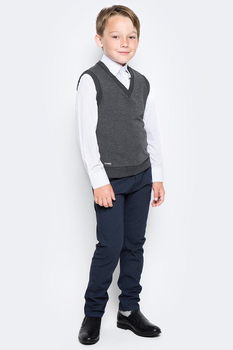 Жилет для мальчика Nota Bene, цвет: серый. CJV17003B20. Размер 152CJV17003A20/CJV17003B20Жилет для мальчика Nota Bene выполнен из хлопкового трикотажа. Модель без рукавов и V-образным вырезом горловины прямого силуэта.