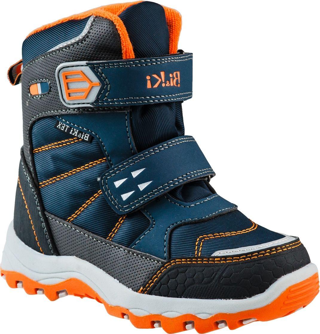 Ботинки для мальчика BiKi, цвет: синий, оранжевый. А-В20-37-B. Размер 32А-В20-37-BБотинки от BiKi придутся по душе вашему мальчику. Модель идеально подходит для зимы, сохраняет комфортный микроклимат в обуви как при ношении на улице, так и в помещении. Верх обуви изготовлен из искусственной кожи со вставками из водонепроницаемого текстиля и оформлен контрастной прострочкой. Два ремешка на застежке-липучке надежно зафиксируют изделие на ноге. Верхний ремешок доолнен логотипом бренда. Подкладка и стелька изготовлены из искусственной шерсти, что позволяет сохранить тепло и гарантирует уют ногам. Подошва с рифлением обеспечивает идеальное сцепление с любыми поверхностями. Такие чудесные ботинки займут достойное место в гардеробе вашего ребенка.