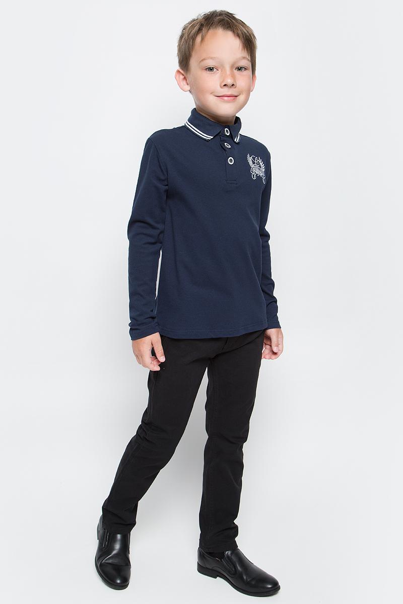 Джемпер для мальчика Luminoso, цвет: темно-синий. 727045. Размер 128727045Джемпер для мальчика Luminoso выполнен из хлопка с добавлением эластана. Модель имеет длинные рукава и отложной воротник с планкой на пуговицах. На груди джемпер украшен вышивкой.