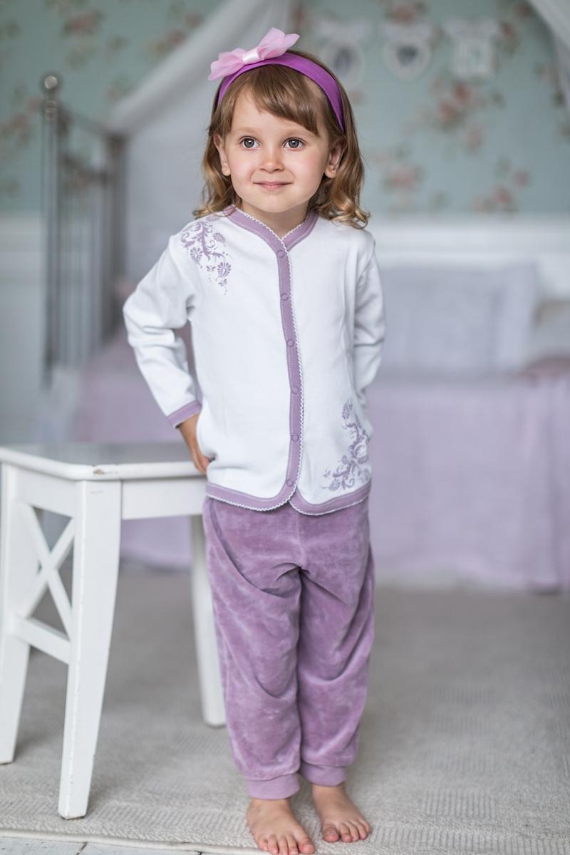 Штанишки для девочки Мамуляндия Ноктюрн, цвет: темно-розовый. 17-410. Размер 6817-410Штанишки для девочки Мамуляндия из коллекции Ноктюрн выполнены из велюра. Модель имеет широкий эластичный пояс. Брючины дополнены мягкими манжетами.