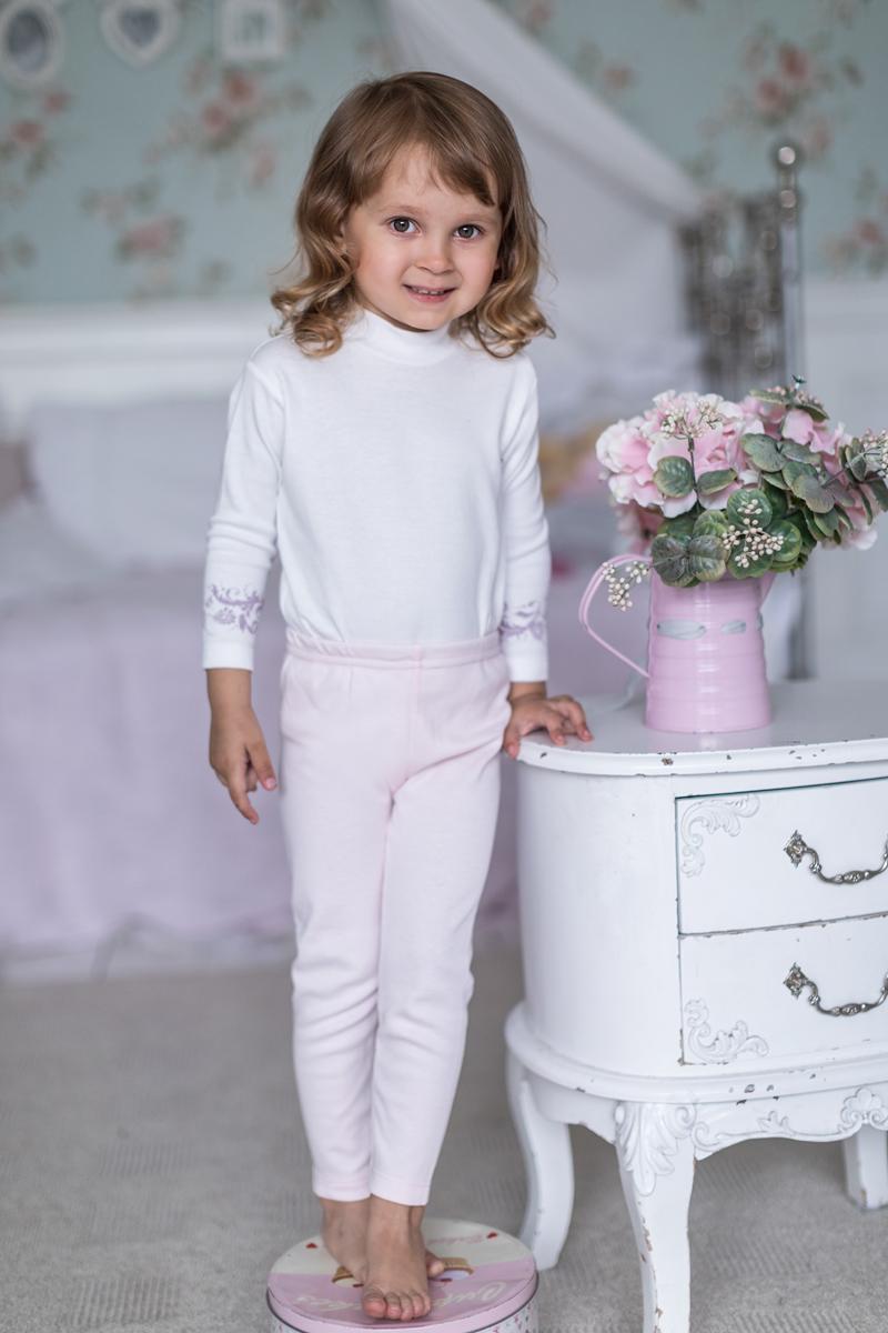Леггинсы для девочки Мамуляндия Ноктюрн, цвет: светло-розовый. 17-408. Размер 6217-408Леггинсы для девочки Мамуляндия из коллекции Ноктюрн изготовлены из натурального хлопка. Модель имеет мягкий эластичный пояс.