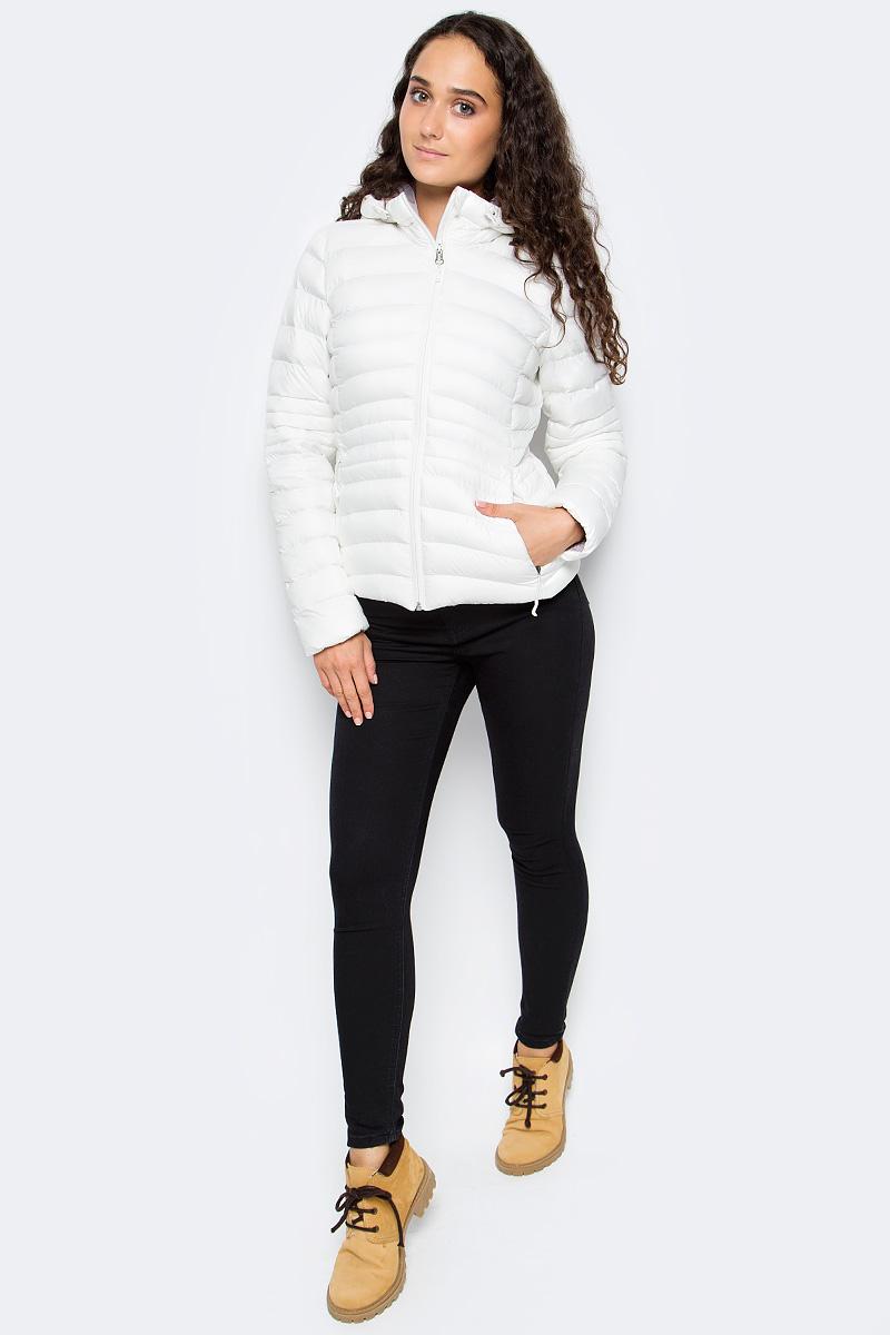 Куртка женская Reebok Od Bomber Dwnlk Jck, цвет: белый. BR0506. Размер L (50/52)BR0506Женская куртка Reebok выполнена из водонепроницаемой и дышащей ткани - высококачественного полиэстера. В качестве наполнителя используется 100% полиэстер. Модель с капюшоном оснащена двумя прорезными карманами на застежках-молниях. Объем капюшона регулируется при помощи шнурка со стопперами.