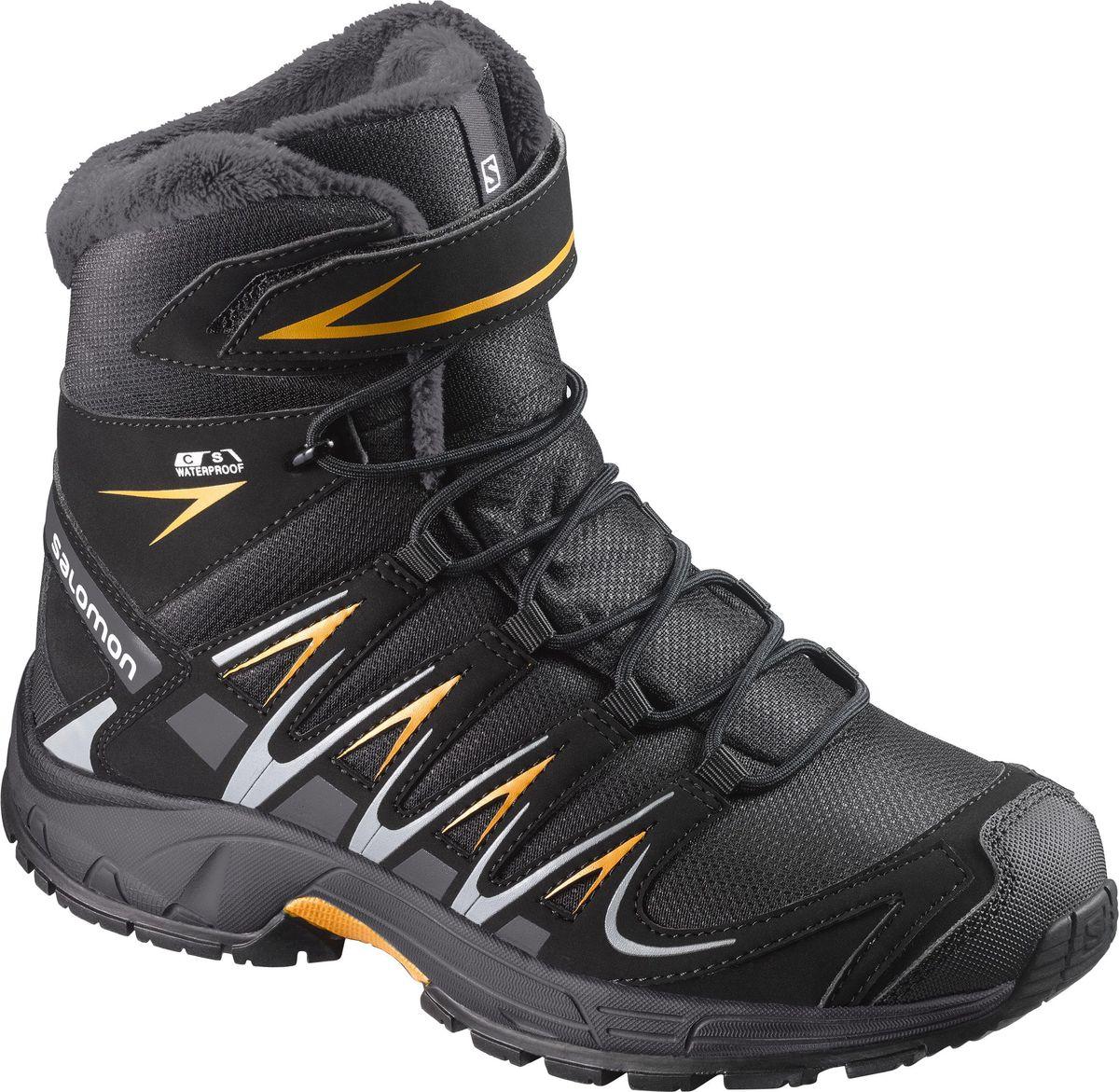 Ботинки детские Salomon XA PRO 3D Winter TS CSWP J, цвет: черный. L39845700. Размер 34 (32,5)L39845700Полностью непромокаемые и утепленные уютным мехом ботинки XA PRO 3D Winter TS CSWP для подростков имеют легендарную посадку Salomon и сцепление и подходят для любой активности в холодную мокрую погоду.