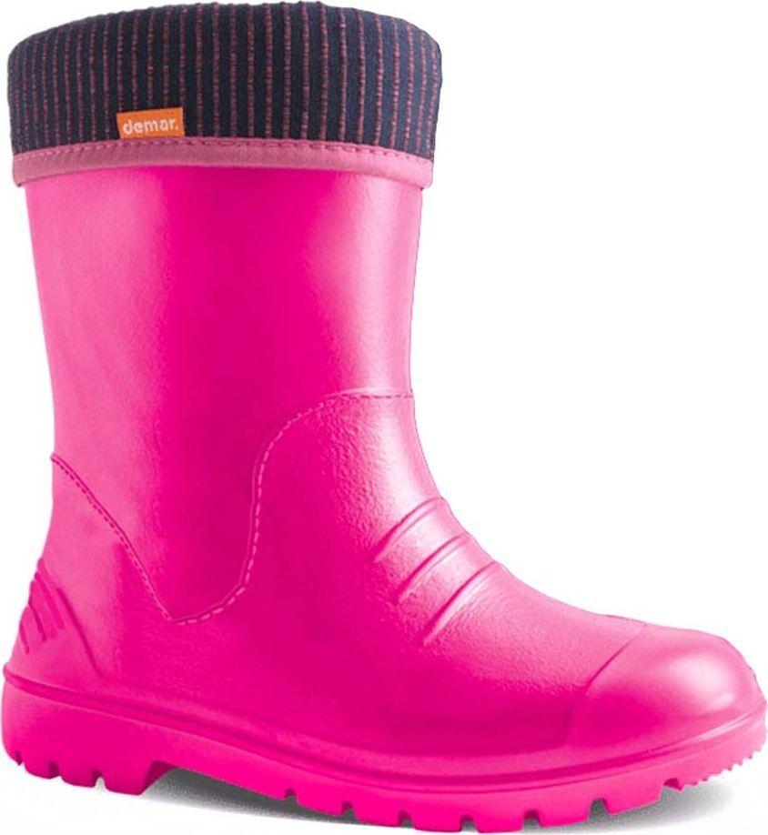 Резиновые сапоги для девочки Demar, цвет: розовый, фиолетовый. 0310 F. Размер 24/250310 FРезиновые сапоги Demar придутся по душе вам и вашему ребенку! Модель изготовлена из качественной резины. Главным преимуществом резиновых сапожек является наличие съемного чулка, выполненного из текстиля, который можно вынуть и легко просушить. Подошва с рифлением обеспечивает идеальное сцепление с любыми поверхностями. Такие чудесные сапожки займут достойное место в гардеробе вашего ребенка.