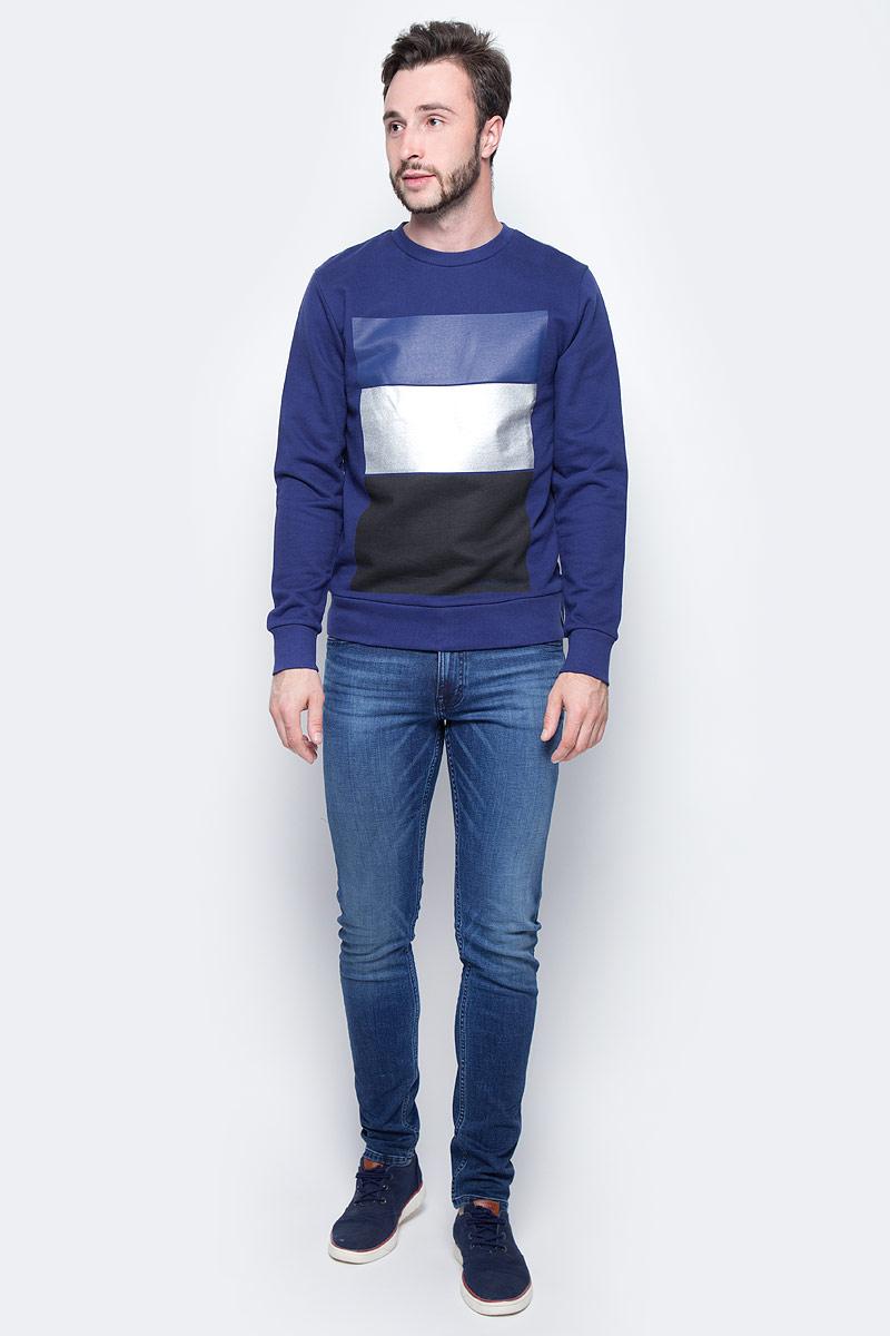 Джемпер мужской Calvin Klein Jeans, цвет: синий. J30J305431_4950. Размер XXL (52/54)J30J305431_4950Удобный мужской джемпер Calvin Klein изготовлен из натурального хлопка. Модель с круглым вырезом горловины и длинными рукавами дополнена спереди контрастными вставками. Вырез горловины, низ и манжеты дополнены эластичной резинкой.