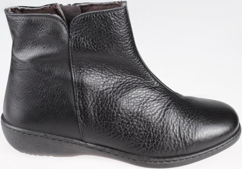 Ботинки женские El Tempo, цвет: черный. ER32_373_BLACK. Размер 38ER32_373_BLACKМодные ботинки El Tempo займут достойное место в вашем гардеробе. Модель выполнена из натуральной кожи. Ботинки застегиваются на боковую застежку-молнию. Модные ботинки - незаменимая вещь в гардеробе любой женщины.