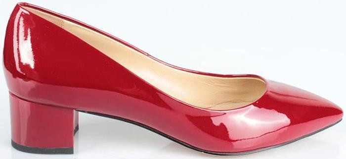 Туфли женские El Tempo, цвет: красный. CRH55_617A-10-16_RED. Размер 40CRH55_617A-10-16_REDЭлегантные женские туфли от El Tempo изготовлены из натуральной кожи и исполнены в лаконичном стиле. Внутренняя поверхность и стелька из мягкой натуральной кожи обеспечивают комфорт при ходьбе. Заостренный носок и устойчивый каблук завершают композицию.