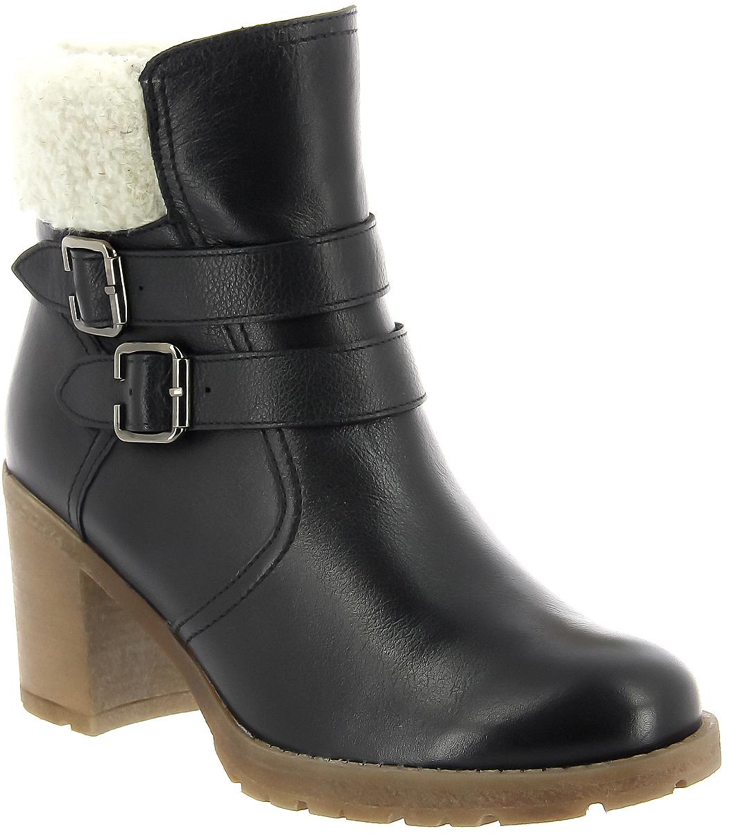 Ботильоны женские Ralf Ringer Linda, цвет: черный. 958207ЧНМ. Размер 36958207ЧНМЗимняя обувь может быть не только комфортной, но и стильной. Ботильоны Linda из натуральной кожи – отличное этому доказательство! Выполненные в универсальном цвете, они подойдут как к зимнему пальто, так и к пуховику. Пара имеет устойчивый каблук и подошву из термоэластопласта, что особенно важно при гололеде.