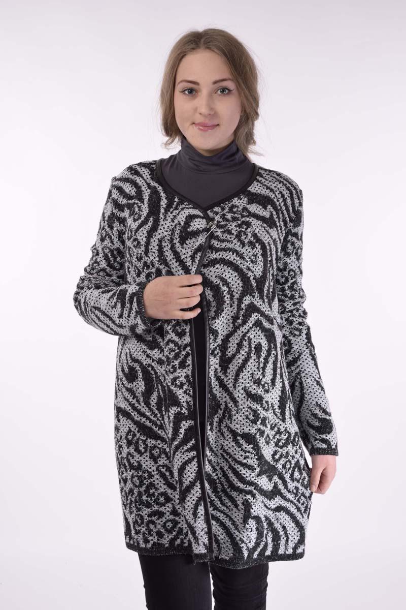 Кардиган женский Текстильная мануфактура, цвет: черный, белый. 562. Размер 60562Вязанный кардиган «на запах». Застегивается, при желании, на декоративную булавку, которая входит в комплект. Прямой крой. Длинный рукав. Край изделия отделан бейкой из эко-кожи. Интересный рисунок «под леопард». Вязка полотна с мелкими дырочками, которые придают изделию легкость и рельефность. Подходит на все возрасты. Хороший выбор.