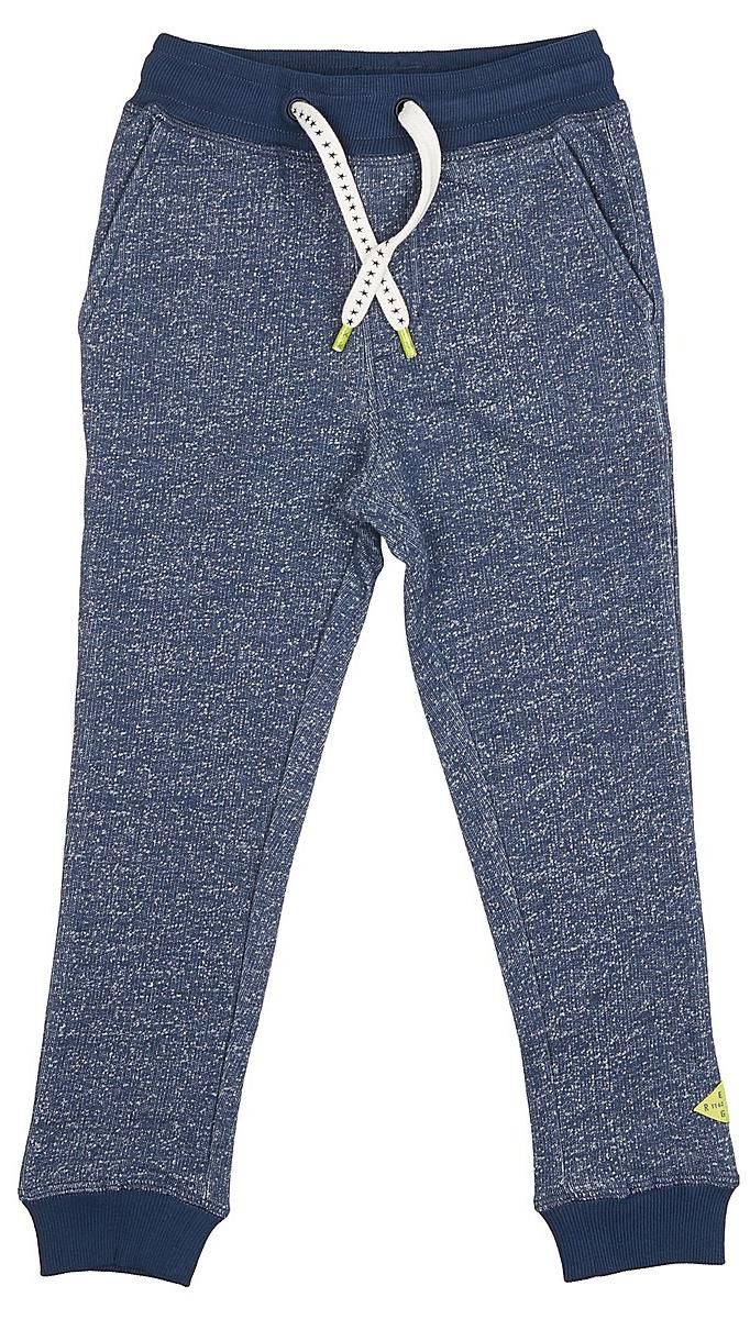Брюки спортивные для мальчика Tom Tailor, цвет: синий. 6829214.00.82_6758. Размер 128/1346829214.00.82_6758Спортивные брюки для мальчика от Tom Tailor выполнены из натурального хлопкового трикотажа. Модель с карманами на талии дополнена широкой эластичной резинкой и утягивается шнурком-кулиской. Брючины понизу имеют широкие манжеты.