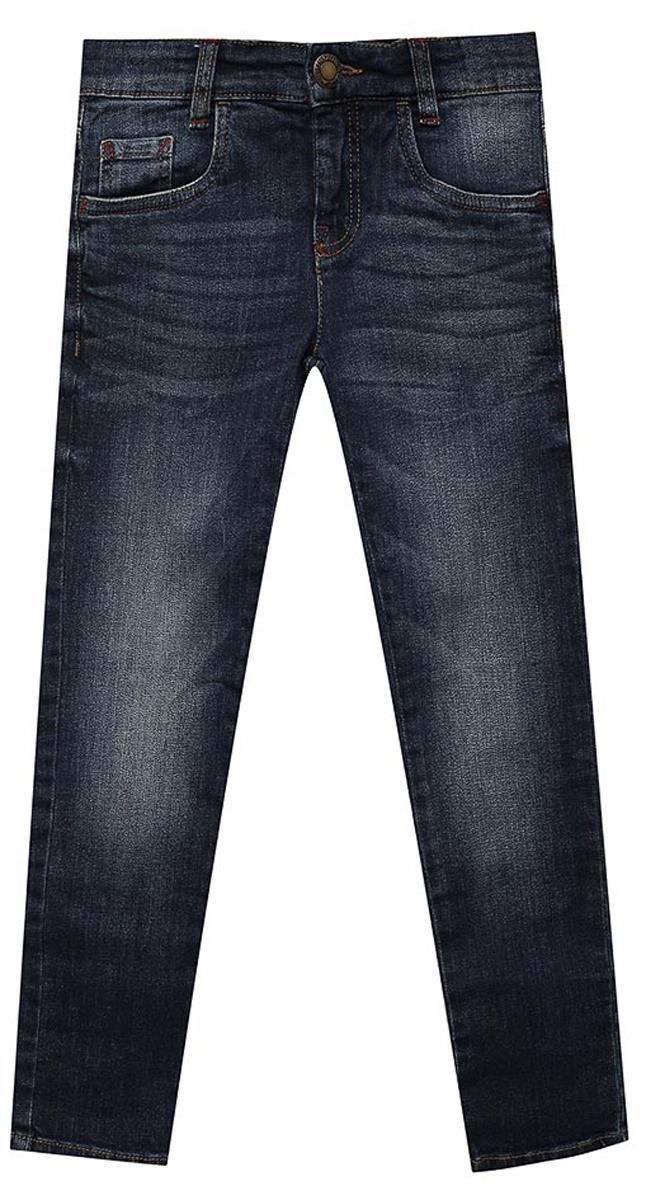 Джинсы для мальчика Tom Tailor, цвет: темно-синий. 6205776.09.30. Размер 1406205776.09.30Детские джинсы для мальчика Tom Tailor с эффектом потертости ткани и перманентными складками. Модель прямого кроя и средней посадки в поясе застегивается на пуговицу, имеются ширинка на молнии и шлевки для ремня. Джинсы имеют классический пятикарманный крой.