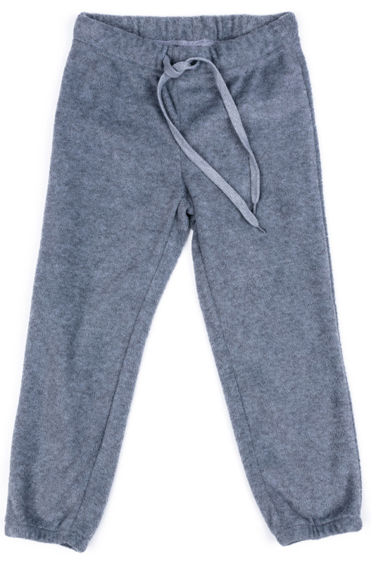 Брюки спортивные для мальчика PlayToday, цвет: серый. 370005. Размер 134370005Спортивные брюки PlayToday выполнены из полиэстера. Пояс модели на широкой удобной резинке, не сдавливающей живот ребенка, дополнен регулируемым шнуром-кулиской.