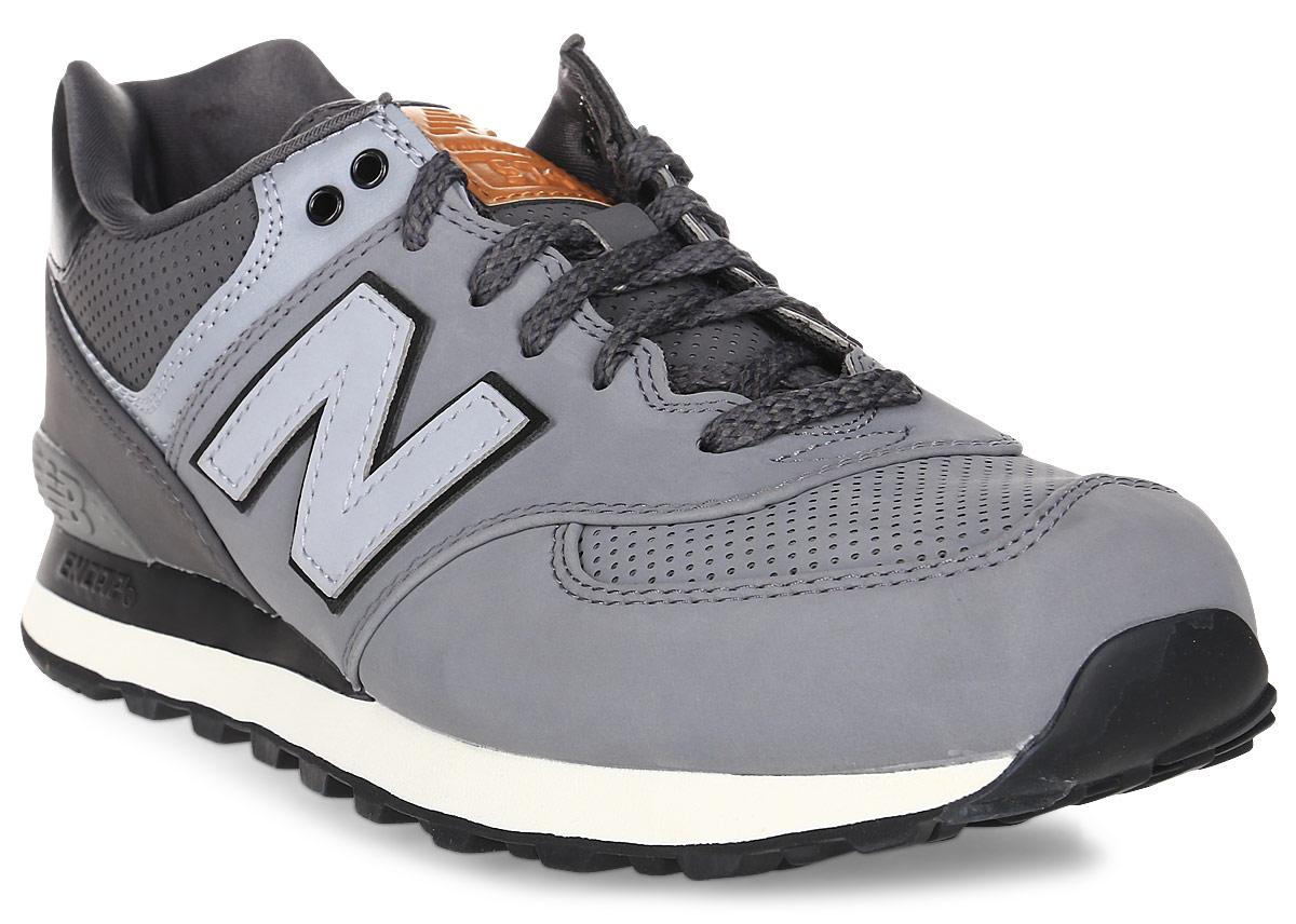 Кроссовки мужские New Balance 574, цвет: серый, темно-серый. ML574GPB/D. Размер 12 (46,5)ML574GPB/DСтильные мужские кроссовки от New Balance придутся вам по душе. Верх модели выполнен из высококачественныхматериалов. По бокам обувь оформлена декоративными элементами в виде фирменного логотипа бренда, на язычке - фирменной нашивкой, задник логотипом бренда. Классическая шнуровка надежно зафиксирует изделие на ноге. Подкладка и стелька, изготовленные из текстиля, гарантируют уют и предотвращают натирание. Подошва оснащена рифлением для лучшей сцепки с поверхностями. Удобные кроссовки займут достойное место среди коллекции вашей обуви.