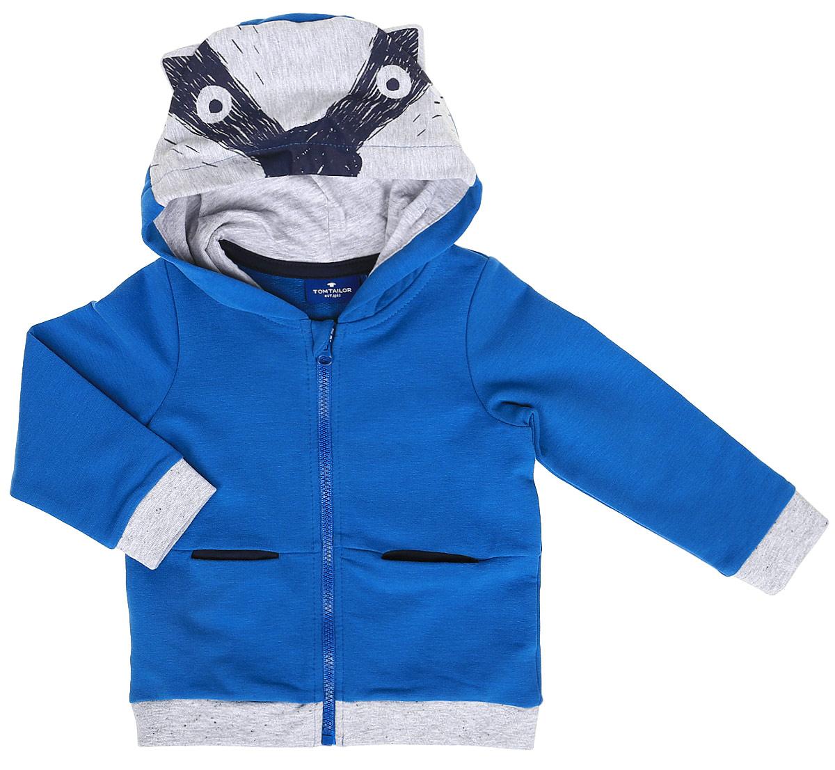 Толстовка для новорожденного Tom Tailor, цвет: голубой. 2531212.00.22_6086. Размер 742531212.00.22_6086Толстовка для новорожденного Tom Tailor выполнена из эластичного хлопка. Модель с капюшоном и длинными рукавами спереди дополнена карманами и застегивается на молнию. Толстовка оформлена оригинальным принтом с изображением енота.
