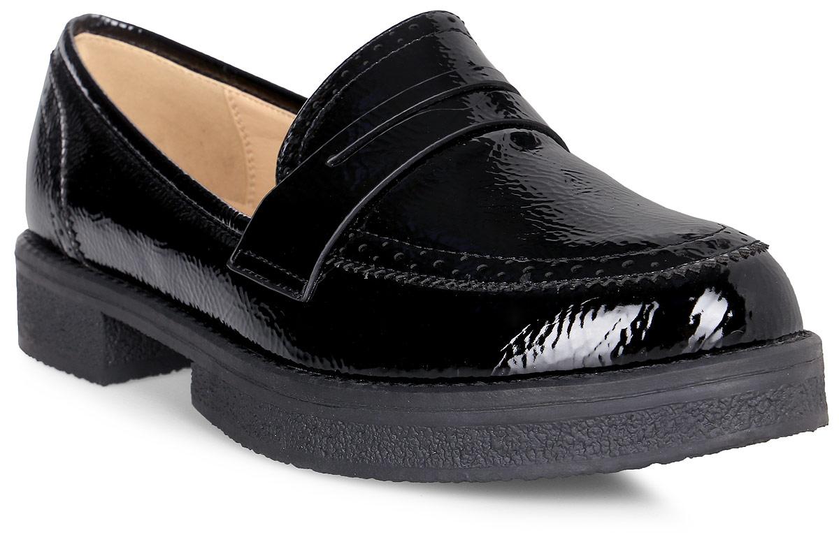 Лоферы женские Vitacci, цвет: черный. 83079. Размер 3783079Стильные женские лоферы от Vitacci изготовлены из качественной искусственной кожи. Подкладка и стелька из кожи обеспечивают комфорт при носке. Подошва выполнена с низким широким каблуком.