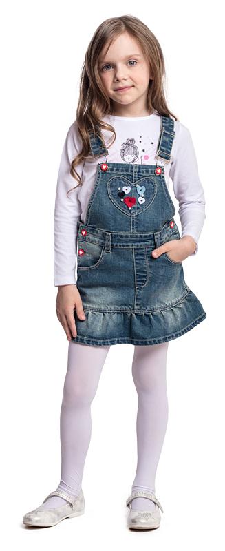 Сарафан для девочки PlayToday, цвет: синий. 372075. Размер 110372075Эффектный сарафан PlayToday, выполненный из натуральной джинсовой ткани с эффектом потертости, сможет быть одной из базовых вещей в детском гардеробе. Модель на широких лямках с удобными пуговицами-болтами. Сарафан декорирован аппликациями и мягкой складкой, дающей эффект юбочки. Свободный крой не сковывает движений ребенка. Натуральный материал не вызывает раздражений. Сарафан хорошо сочетается с водолазками и футболками.