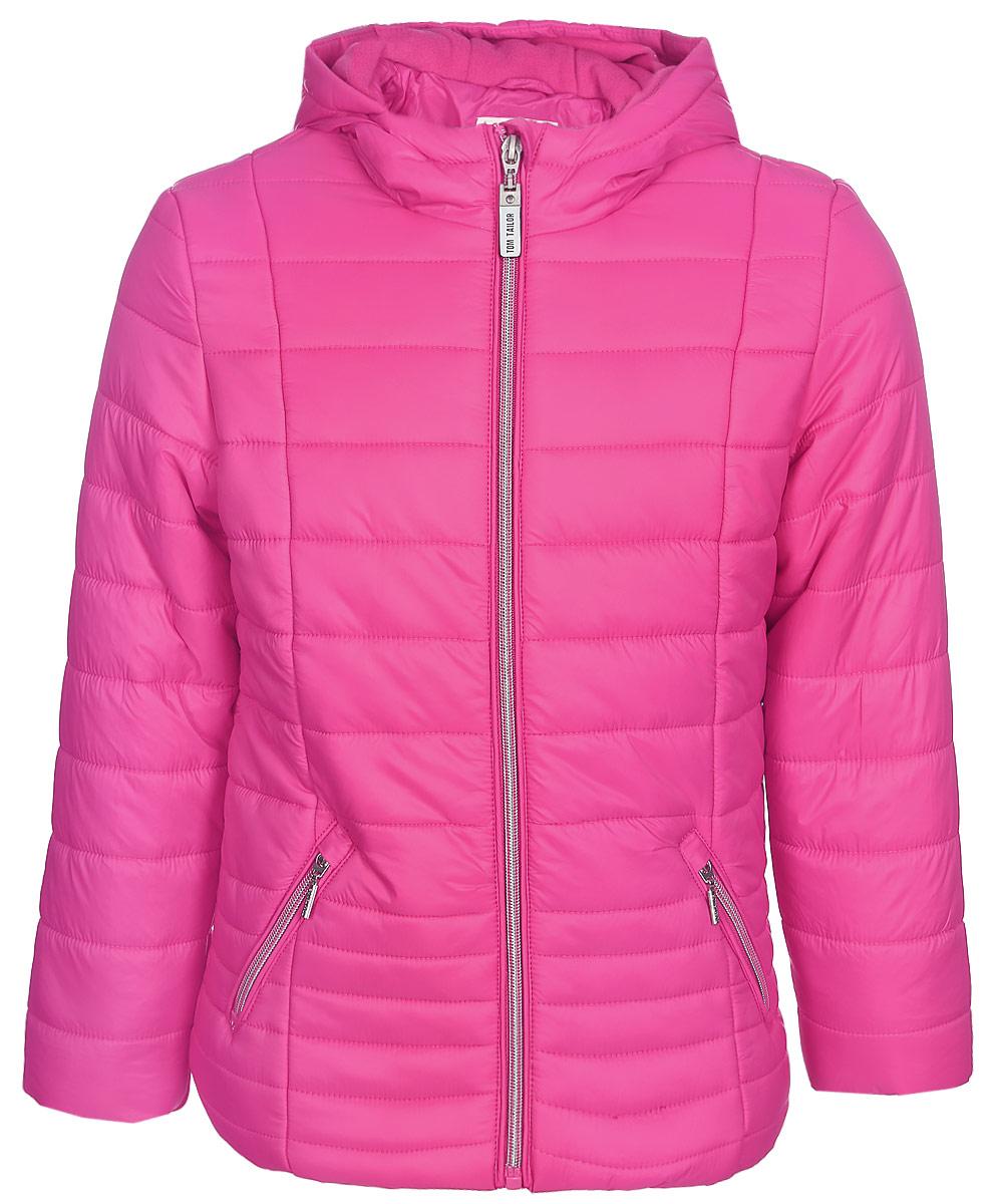 Куртка для девочки Tom Tailor, цвет: розовый. 3533440.00.81. Размер 128/1343533440.00.81Утепленная стеганая куртка для девочки Tom Tailor выполнена из ветрозащитного материала. Модель с длинными рукавами и пришивным капюшоном застегивается на молнию. По бокам куртка дополнена прорезными карманами на молниях.