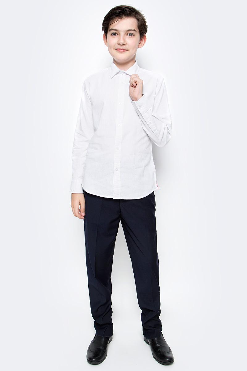 Рубашка для мальчика Vitacci, цвет: белый. 1172101-01. Размер 1581172101-01Оригинальная рубашка для мальчика из высококачественного льна. Возможность корректировать длину рукава позволяет носить данную модель как в жаркий летний день, так и прохладным вечером.