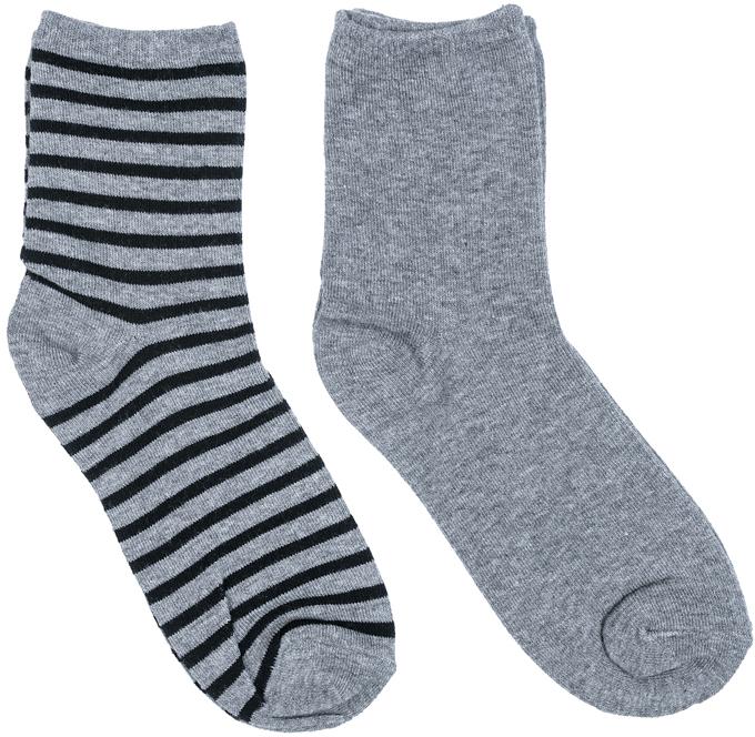 Носки для мальчика Scool, цвет: серый, черный, 2 пары. 373110. Размер 22373110Носки Scool очень мягкие, из натуральных материалов, приятные к телу и не сковывают движений. Хорошо пропускают воздух, тем самым позволяя коже дышать. Даже частые стирки, при условии соблюдений рекомендаций по уходу, не изменят ни форму, ни цвет изделия. Мягкая резинка не сдавливает нежную детскую кожу.В комплекте 2 пары носков.