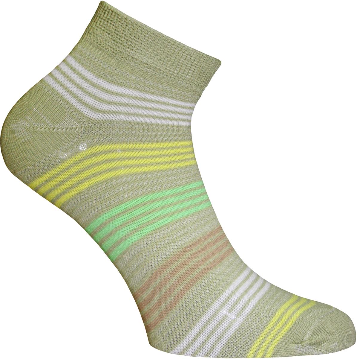 Носки женские Master Socks, цвет: оливковый. 55151. Размер 2355151Удобные носки Master Socks, изготовленные из высококачественного комбинированного материала с хлопковой основой, очень мягкие и приятные на ощупь, позволяют коже дышать.Эластичная резинка плотно облегает ногу, не сдавливая ее, обеспечивая комфорт и удобство. Носки с укороченным паголенком оформлены принтом в полоску. Практичные и комфортные носки великолепно подойдут к любой вашей обуви.