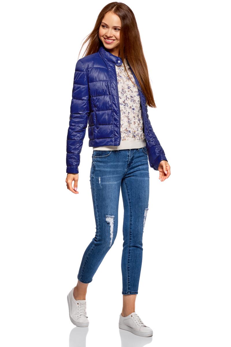 Куртка женская oodji Ultra, цвет: темно-синий. 10203038-5B/33445/7903N. Размер 42-170 (48-170)10203038-5B/33445/7903NКуртка женская oodji Ultra выполнена из полиамида. Модель с длинными рукавами застегивается на застежку-молнию и кнопку.
