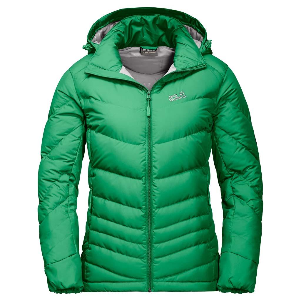 Пуховик женский Jack Wolfskin Selenium, цвет: зеленый. 1201522-4075. Размер M (48)1201522-4075Ветронепроницаемая, очень теплая куртка на пуху с отстегивающимся капюшоном Jack Wolfskin Selenium обеспечит вам надежное тепло для долгих и холодных дней. Модель приталенного кроя с воротником-стойкой, надежно защищающим от ветра, застегивается на молнию и дополнена двумя внешними и внутренним прорезными карманами на молниях. Съемный капюшон дополнен возможностью регулировать внутренний объем и область обзора. С курткой Selenium вы всегда готовы к зимним приключениям. Эта теплая и удобная пуховая куртка великолепно подходит для холодной погоды.В качестве наполнителя выбран объемный утиный пух и перья, а также Microguard (80 г/м?) - синтетический утеплитель со средним уровнем теплоизоляции. Даже несмотря на то, что куртка очень мало весит, вы сможете почувствовать тепло сразу же, как только ее наденете. Ветронепроницаемая внешняя ткань Stormlock Softtouch, очень легкая и мягкая, повышает теплоизоляцию. Капюшон защищает голову от холода, и если он вам не нужен, его можно отстегнуть.