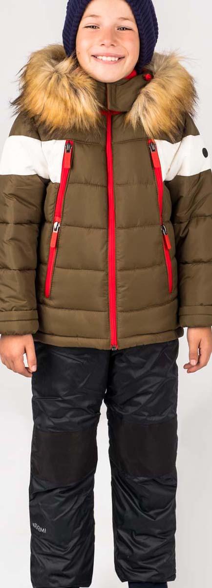 Комплект для мальчика Boom!: куртка, брюки, цвет: хаки. 70488_BOB_вар.2 . Размер 98, 3-4 года70488_BOB_вар.2Теплый комплект для мальчика Boom! идеально подойдет вашему сыну в холодное время года. Комплект состоит из куртки и брюк, изготовленных из водонепроницаемого и ветрозащитного материала с утеплителем из синтепона. Куртка на мягкой флисовой подкладке застегивается на пластиковую застежку-молнию. Курточка дополнена несъемным капюшоном с опушкой из искусственного меха. Низ рукавов дополнен внутренними трикотажными манжетами, которые мягко обхватывают запястья.Брюки застегиваются на застежку-молнию.Комфортный, удобный и практичный комплект идеально подойдет для прогулок и игр на свежем воздухе!