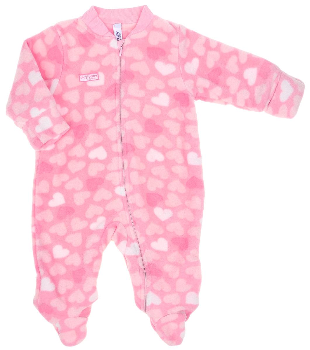 Комбинезон для девочки PlayToday Baby, цвет: розовый, светло-розовый. 178802. Размер 56178802Теплый комбинезон PlayToday Baby подойдет вашей малышке для прохладной погоды. Модель выполнена из флиса на хлопковой подкладке и оформлена принтом с сердечками. Застежка-молния по всей длине позволит быстро снять и одеть изделие, а специальный кармашек для защиты подбородка не позволит застежке травмировать нежную кожу ребенка. Манжеты рукавов на мягких резинках дополнительно снабжены защитными карманами-варежками. Низ брючин и круглый вырез горловины также дополнены резинкой. Комбинезон полностью соответствует особенностям жизни ребенка в ранний период, не стесняя и не ограничивая его в движениях.