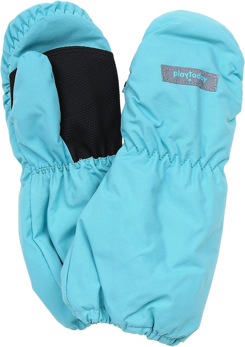 Рукавицы для девочки PlayToday, цвет: голубой, темно-синий. 378083. Размер 12378083Теплые рукавицы из непромокаемого материала PlayToday защитят руки ребенка при холодной погоде. Мягкая подкладка из теплого флиса обеспечивает комфорт и тепло, а усиленный материал в области ладоней гарантирует долгую службу. Удлиненные запястья дополнены резинками для удобной посадки и дополнительного сохранения тепла.
