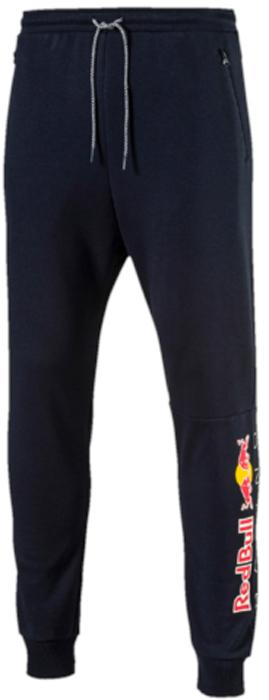Брюки спортивные мужские Puma RBR Sweat Pants, цвет: темно-синий. 57344201. Размер XL (50/52)57344201Эти новые фирменные спортивные брюки RBR Sweat Pants предназначены для настоящих энтузиастов автоспорта и фанатов гоночной команды Ред Булл. Логотип RBR нанесен методом термопечати на нижнюю часть штанин. Также модель декорирована набивным логотипом Puma. Боковые карманы на молнии обеспечат надежное хранение ваших вещей. Пояс снабжен затягивающимся шнуром для лучшей посадки по фигуре. Низ штанин снабжен манжетами из кругловязаного трикотажа в рубчик.