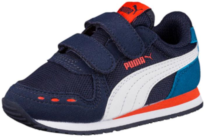 Кроссовки для мальчика Puma Cabana Racer Mesh V PS, цвет: темно-синий. 36024525. Размер 11,5 (29)36024525Непревзойденные кроссовки Cabana Racer – любимая всеми модель в коллекции беговой обуви RS и настоящая спортивная классика – снова с нами в этом сезоне! Эти легкие кроссовки на плоской подошве, которые были впервые представлены в далеком 1981 году, сегодня получили вторую жизнь, став незаменимым атрибутом гардероба стильной молодежи. В нынешнем сезоне кроссовки Cabana Racer имеют верх из современного нейлона со стильными замшевыми накладками.