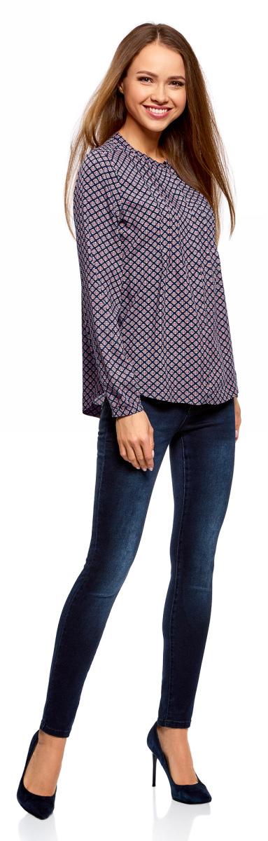 Блузка женская oodji Collection, цвет: темно-синий, красный. 21411121/47075N/7945E. Размер 40-170 (46-170)21411121/47075N/7945E