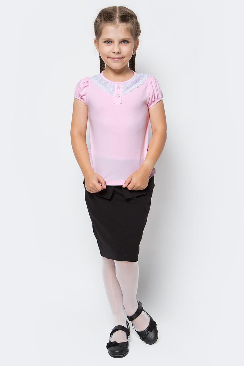 Блузка для девочки Nota Bene, цвет: светло-розовый. CJR27032A56. Размер 140CJR27032A56/CJR27032B56Блузка для девочки Nota Bene выполнена из хлопкового трикотажа с кружевной отделкой. Модель с короткими рукавами и круглым вырезом горловины.