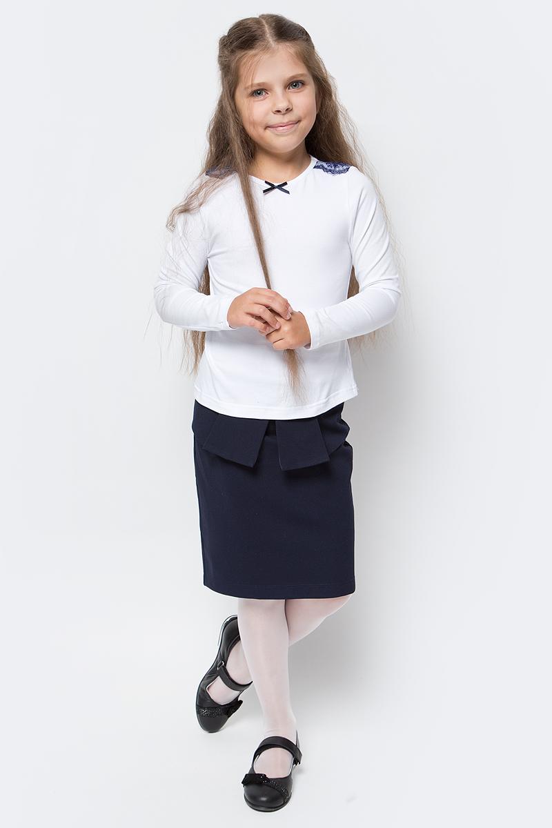Блузка для девочки Nota Bene, цвет: белый. CJR27031A01. Размер 128CJR27031A01/CJR27031B01Блузка для девочки Nota Bene выполнена из хлопкового трикотажа с кружевной отделкой. Модель с длинными рукавами и круглым вырезом горловины.
