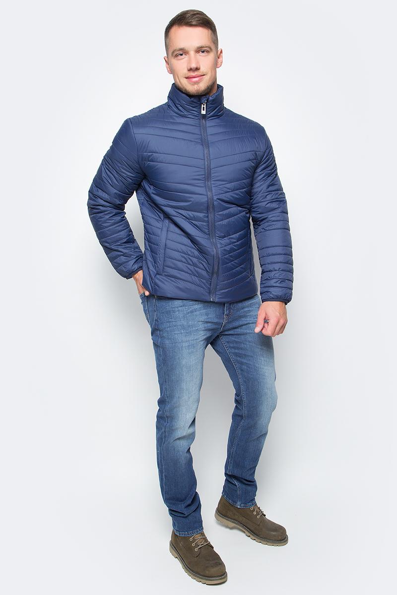 Куртка мужская Baon, цвет: синий. B537522_Soft Saphire. Размер XL (52)B537522_Soft SaphireСтильное решение для вашего осеннего гардероба - куртка от Baon с наклонной простежкой. Модель застегивается на молнию. По бокам расположены карманы с молниями, внутри потайной карман на молнии и потайной карман с пуговицей. Объем нижней части изделия регулируется при помощи кулиски с утяжкой. Манжеты изделия эластично присборены, за счет чего создается преграда для холода и ветра.