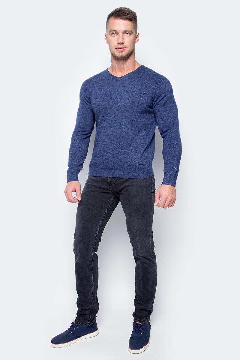 Джемпер мужской Baon, цвет: синий. B637510_Steel Blue Melange. Размер XXL (54)B637510_Steel Blue MelangeТеплый джемпер от Baon пригодится вам в холодное время года. Волокна натуральной шерсти в составе изделия будут согревать вас своим теплом. Плечевые швы модели декорированы швами контрастного цвета. Джемпер украшен фирменной металлической эмблемой.