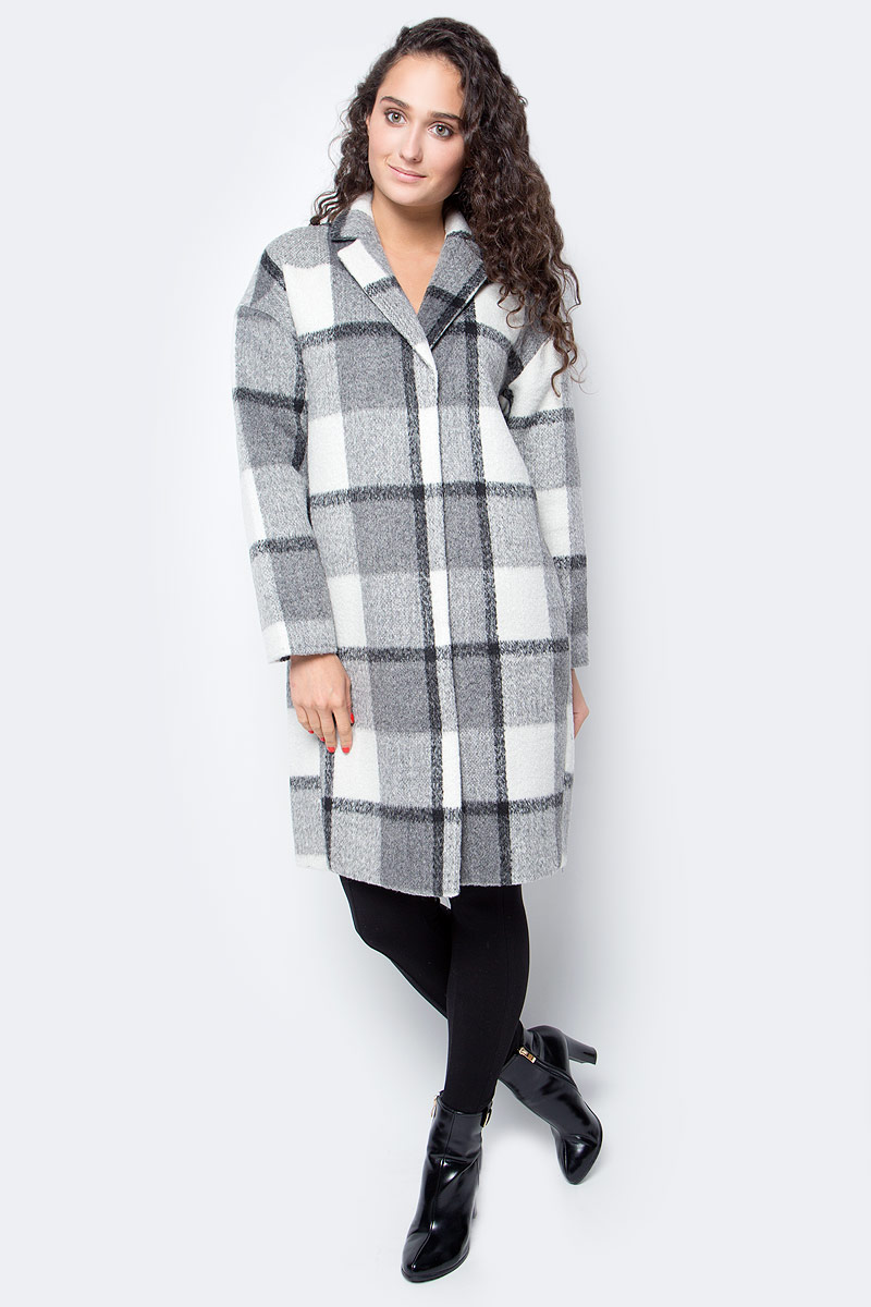 Пальто женское Baon, цвет: серый. B067505_Asphalt Checked. Размер S (44)B067505_Asphalt CheckedЭлегантное клетчатое пальто-кокон от Baon - модель, созданная специально для промозглой осенней погоды. В ней вы будете выглядеть безупречно стильно и ощутите ни с чем несравнимый комфорт. Изделие выполнено из материала с добавлением шерсти и дополнено шелковистой подкладкой. Пальто застегивается на потайные кнопки, по бокам изделия расположены прорезные карманы.