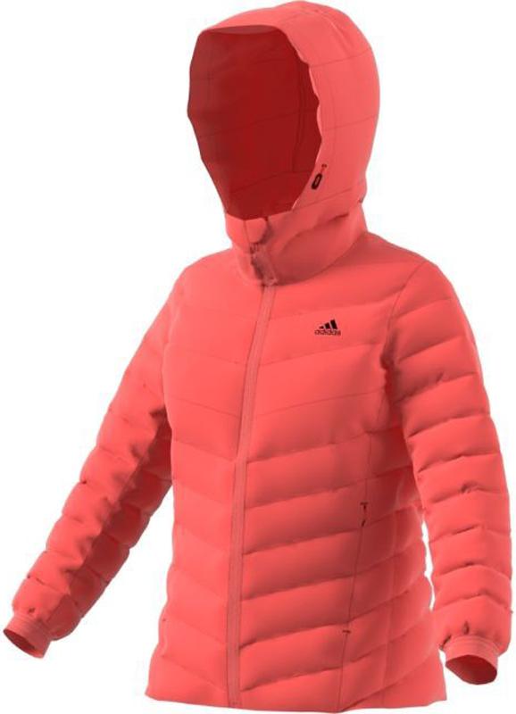 Пуховик жен Adidas W CW Nuvic JKT, цвет: коралловый. BQ8758. Размер 40 (46/48)BQ8758Пуховик жен.• CLIMAWARM: climawarm защищает твое телоот влажности и холода, позволяет оставаться втепле.• 90% утиный пух / 10% наполнитель - перо:Высококачественный пуховый наполнительдля максимально легкой теплоизоляции• Пух и перо собирают заботой о птицах:• Водоотталкивающий пух: сохраняет теплодаже в мокром состоянии• Съемный капюшон: для лучшей защиты иулучшенного комфорта.