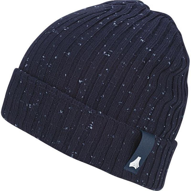 Шапка Adidas Tango Woolie, цвет: темно-синий. BR1688. Размер 54/55BR1688Сочетание тенденций комфорта и стиля - это коллекция Performanceот adidas, поэтому эта зимняя шапка будет радовать теплом по дороге на футболи после спортивной игры или тренировки