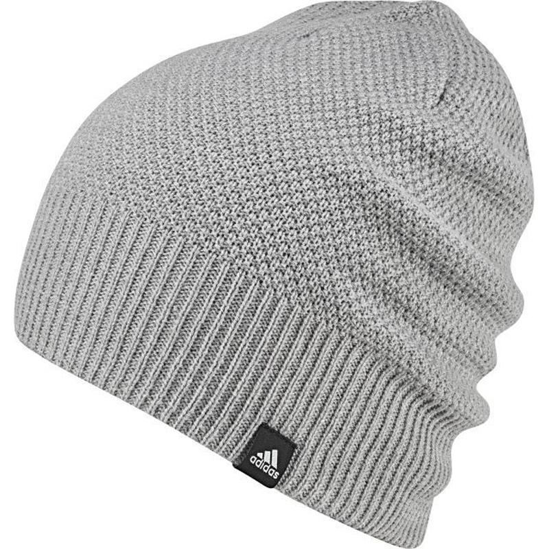 Шапка жен Adidas W Cl Beanie Rev, цвет: серый. BR9996. Размер 58/60BR9996Спортивная шапка adidas Classic ReversibleПокоряй улицы в этой мягкой и двухсторонней зимней шапке со стильным полосатым акцентом с одной стороны и однотонным узором с другой. adidas.net.ua предлагает Вам два варианта в одном для смены образа перед тренировкой и после нее