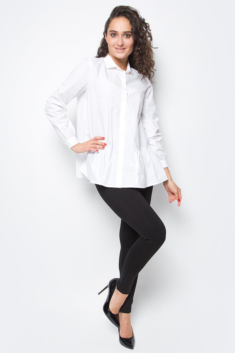 Блузка женская Baon, цвет: белый. B177518_White. Размер XL (50)B177518_WhiteЭлегантная блузка от Baon - неотъемлемая составляющая делового гардероба, уже давно ставшая классикой. Новое прочтение традиционной модели заключается в лаконичном крое с изюминкой - оборкой-баской, расположенной вдоль нижнего края. Блузка застегивается на пуговицы. Вдоль линии манжет заложены мелкие складки.