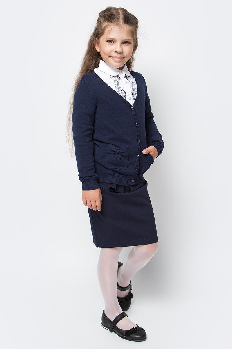 Кардиган для девочки Overmoon by Acoola Blear, цвет: черный. 21200130004_600. Размер 15821200130004_600Кардиган для девочки Overmoon Blear выполнен из высококачественного материала. Модель с V-образным вырезом горловины и длинными рукавами застегивается на пуговицы.