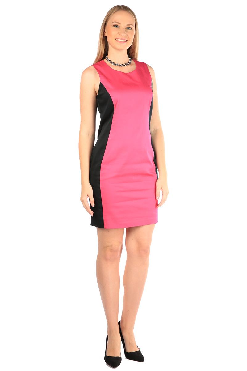 Платье Milton, цвет: фуксия. WD-2416V. Размер 50WD-2416VПлатье полуприлегающего силуэта без рукавов выполнено из трикотажа двух контрастных цветов. Модель застегивается на потайную застежку-молнию.