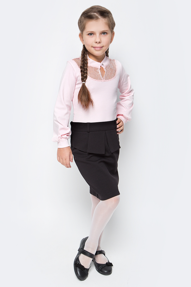 Блузка для девочки Nota Bene, цвет: розовый. CJR270463A05. Размер 140CJR270463A05Блузка для девочки Nota Bene выполнена из хлопкового трикотажа с кружевной отделкой. Модель с длинными рукавами застегивается на пуговицу.