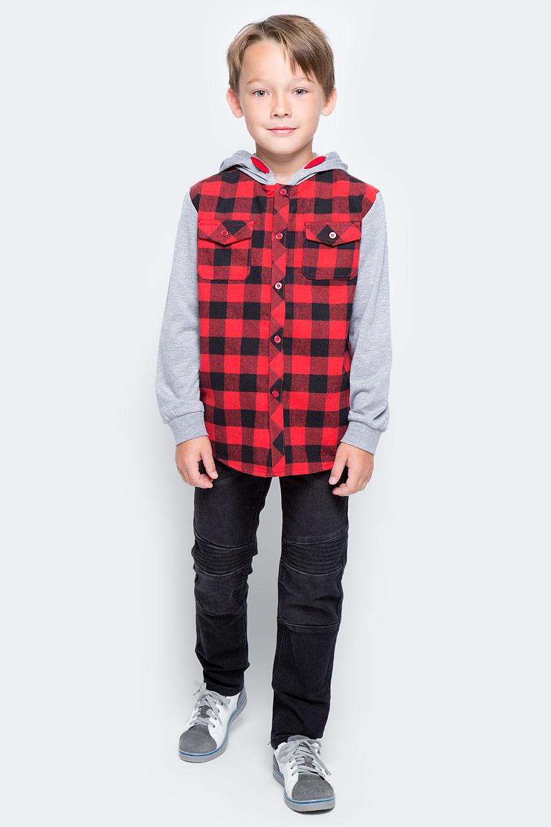 Рубашка для мальчика PlayToday, цвет: серый, черный, красный. 371010. Размер 104371010Эффектная рубашка PlayToday с капюшоном в стиле кантри практична и очень удобна для повседневной носки. Ткань мягкая и приятная на ощупь, не раздражает нежную детскую кожу. Стиль отвечает всем последним тенденциям детской моды. Модель с двумя накладными карманами. Манжеты на мягких трикотажных резинках. Капюшон и рукава контрастного цвета.