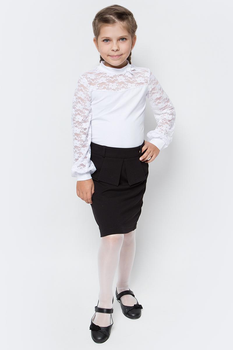 Блузка для девочки Nota Bene, цвет: белый. CJR27047A01. Размер 128CJR27047A01/CJR27047B01Блузка для девочки Nota Bene выполнена из хлопкового трикотажа в сочетании с гипюром. Модель с длинными рукавами и воротником-стойкой.