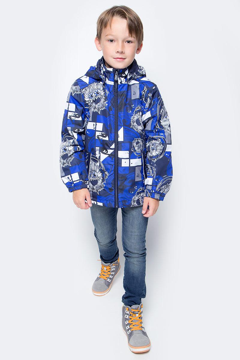 Куртка для мальчика Huppa Jody, цвет: синий, белый. 17000004-73186. Размер 13417000004-73186Куртка с подкладкой для мальчика Huppa c длинными рукавами, воротником-стойкой и съемным капюшоном, выполнена из высококачественного водонепроницаемого и ветрозащитного материала на основе полиэстера. Модель застегивается на застежку-молнию с защитой подбородка спереди. Изделие имеет два прорезных кармана на застежках-молниях. Манжеты рукавов собраны на внутренние резинки. Модель оформлена оригинальным контрастным принтом. На изделии имеются светоотражательные элементы для безопасности в темное время суток.